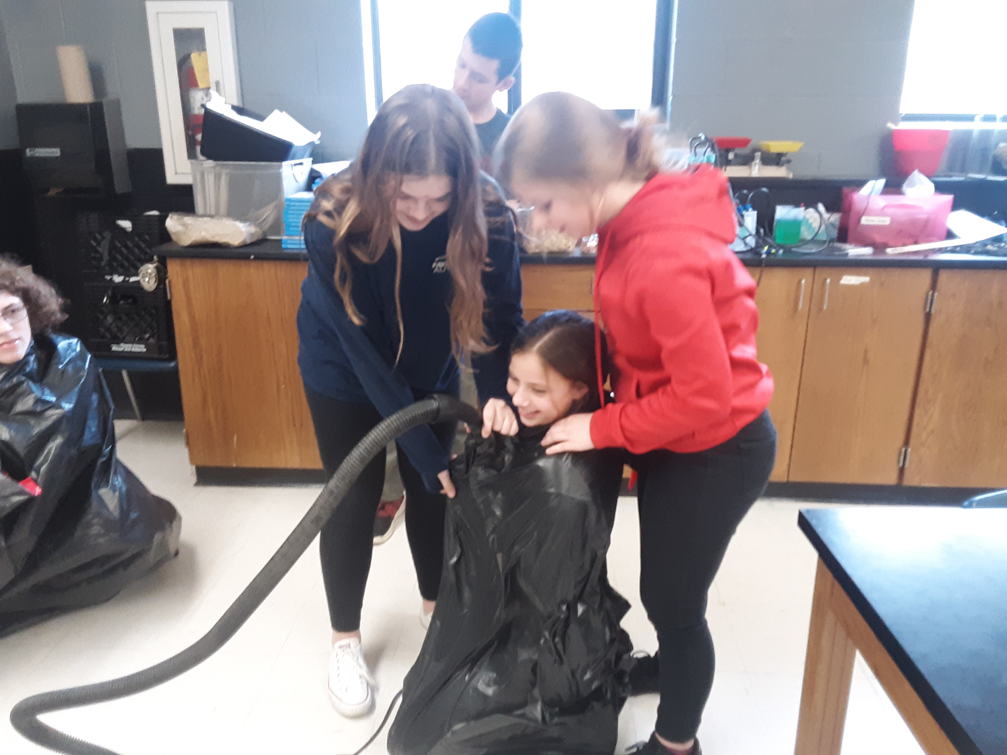 Vacuum project in science class